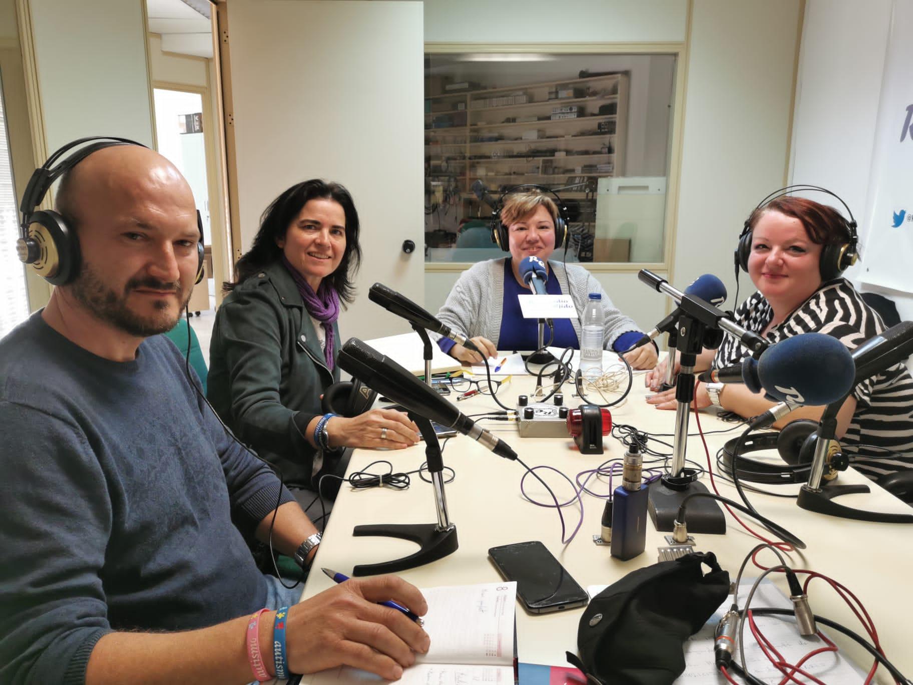 En el 2º programa de radio «Vivir con Fibro» tratamos sobre el Tejido Asociativo.
